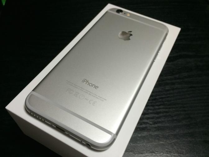 iPhone 6 シルバー 128GB